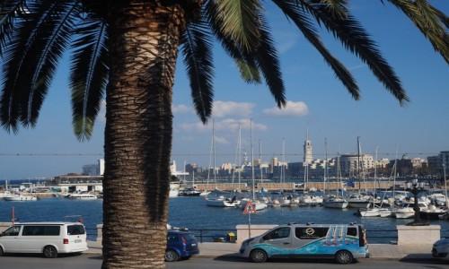 Zdjęcie WłOCHY / Apulia / Bari / W porcie