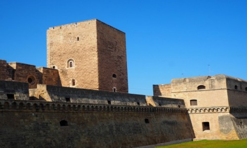 WłOCHY / Apulia / Bari / Castello Normanno - Svevo