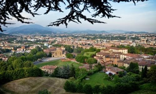 WłOCHY / Lombardia / Bergamo/Citta Alta / o zmierzchu...
