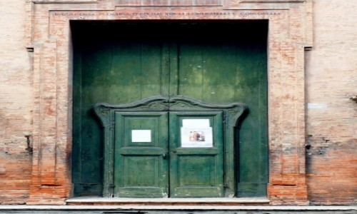 Zdjecie WłOCHY / Emilia-Romani / Modena / Zielone drzwi