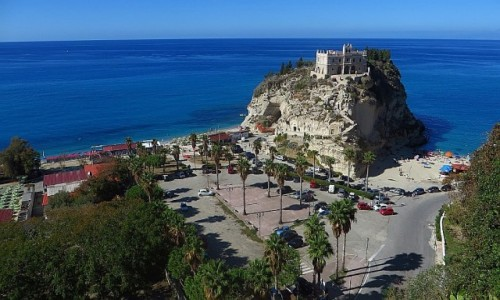 Zdjecie WłOCHY / Kalabria / Tropea / kościół  Św. Marii na wyspie