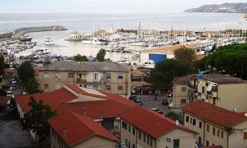 Zdjęcie WłOCHY / Kalabria / Tropea / widok na marinę