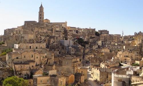 Zdjęcie WłOCHY / Basilicata / Matera / panorama Sasso Barisano w porannym słońcu