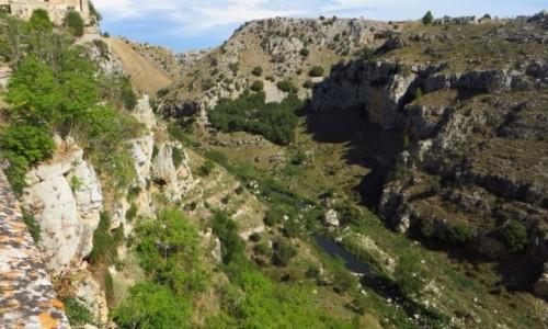 Zdjęcie WłOCHY / Basilicata / Matera / widok na wąwóz
