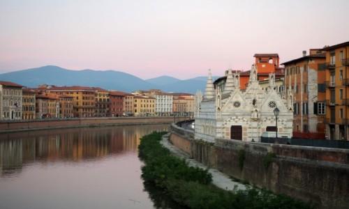 Zdjecie WłOCHY / Toskania / Piza / Nad rzeką Arno