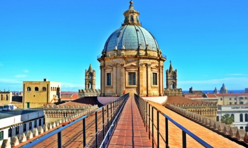 Zdjecie WłOCHY / Sycylia / Palermo / Samotnie pod niebiem