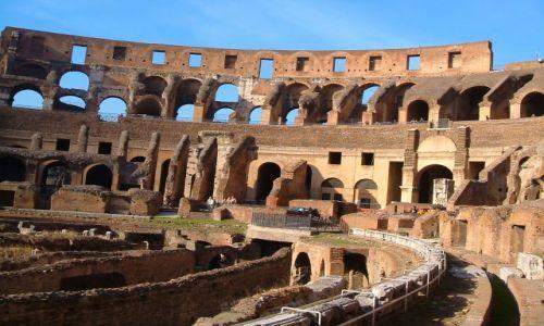 Zdjęcie WłOCHY / Rzym / Rzym / Rzym - Koloseum