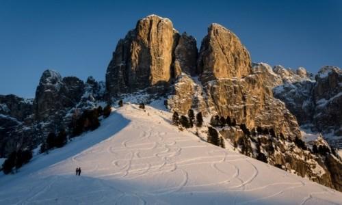 WłOCHY / Południowy Tyrol / Passo Gardena / granica...
