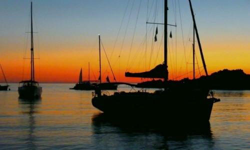 Zdjęcie WłOCHY / Sardynia / La Maddalena / Na kotwicowisku