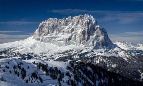 Zdjecie WłOCHY / Bolzano / Dolomity / pagórek...
