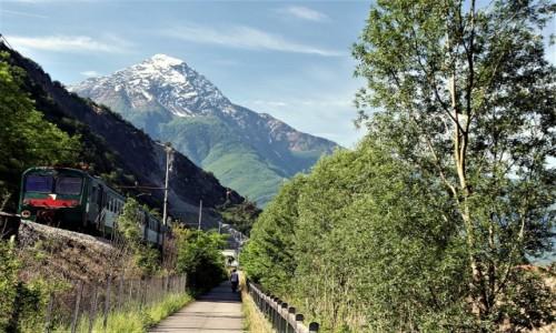 Zdjęcie WłOCHY / Lombardia / Vercela  / Widok na Monte Legnone (2609 m n.p.m.)