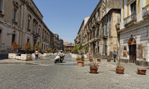 Zdjęcie WłOCHY / Sycylia / Katania / Via Teatro Massimo