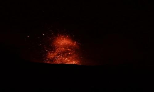 Zdjecie WłOCHY / wyspy eolskie / Stromboli / erupcja