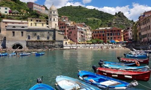 Zdjęcie WłOCHY / Liguria / Vernazza / Kolory Cinque Terre