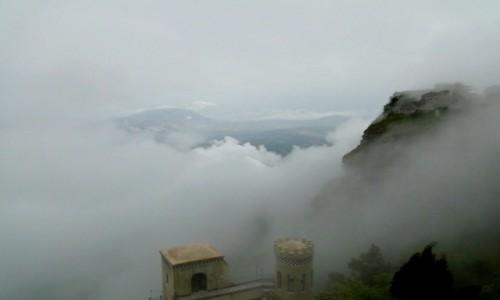 Zdjecie WłOCHY / Sycylia / Erice. / Erice - miasto w chmurach.