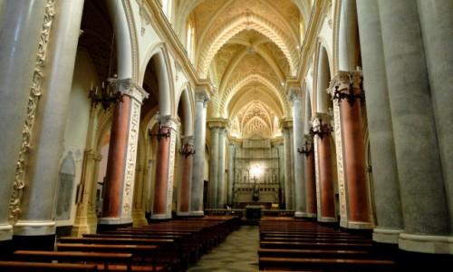 Zdjecie WłOCHY / Sycylia / Erice. / Z podróży po Sycylii - katedra w Erice.
