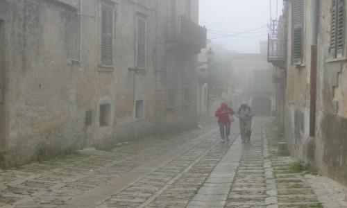 Zdjecie WłOCHY / Sycylia / Erice. / Z podróży po Sycylii - ericejskie mgły (7)