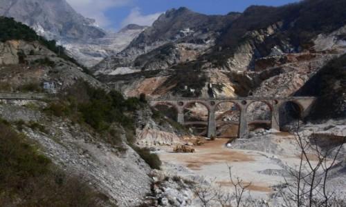 WłOCHY / Alpy Apuańskie / Carrara / Cava n. 6