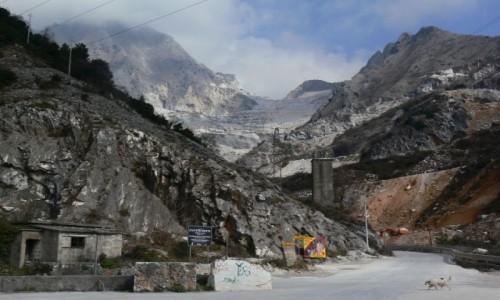 Zdjecie WłOCHY / Alpy Apuańskie / Carrara / Cava