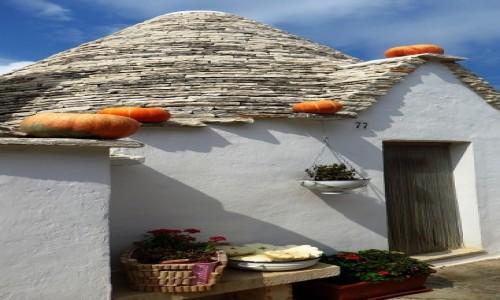Zdjęcie WłOCHY / Apulia / Alberobello / Trullo