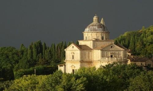Zdjecie WłOCHY / Toskania / Montepulciano - Templo di San Biagio / Zanurzona w zieleni