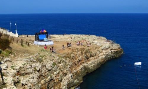 Zdjecie WłOCHY / Apulia / Polignano a Mare / wybrzeże w Polignano a Mare