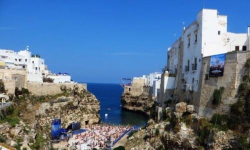 Zdjęcie WłOCHY / Apulia / Polignano a Mare / plaża miejska