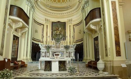 Zdjecie WłOCHY / Apulia / Locorotondo / katedra