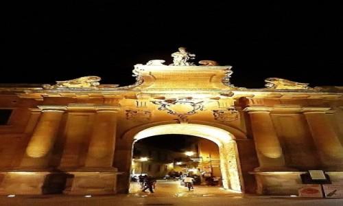Zdjecie WłOCHY / Salento / Lecce / brama miejska