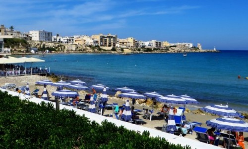 Zdjęcie WłOCHY / Salento / Otranto / plaża miejska
