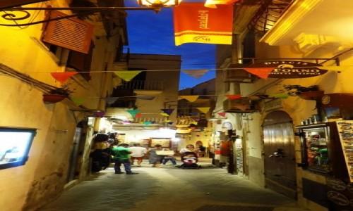 Zdjęcie WłOCHY / Apulia / Vieste / stare miasto