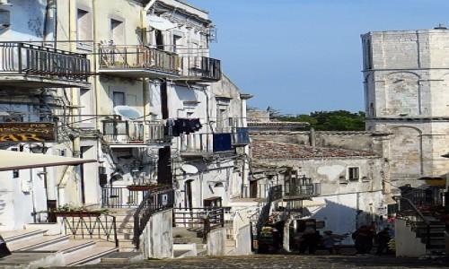 Zdjęcie WłOCHY / Półwysep Gargano / Monte Sant Angelo / stare miasto
