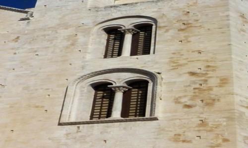 Zdjęcie WłOCHY / Apulia / Bari / katedra - detal architektoniczny