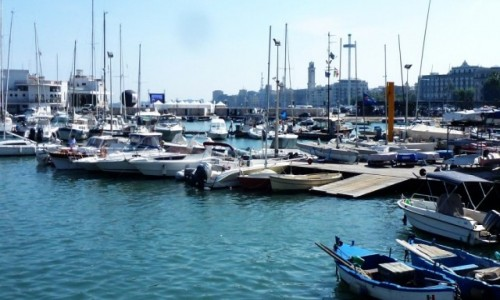 Zdjecie WłOCHY / Apulia / Bari / widok na marinę