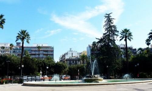 Zdjecie WłOCHY / Apulia / Bari / plac w centrum miasta
