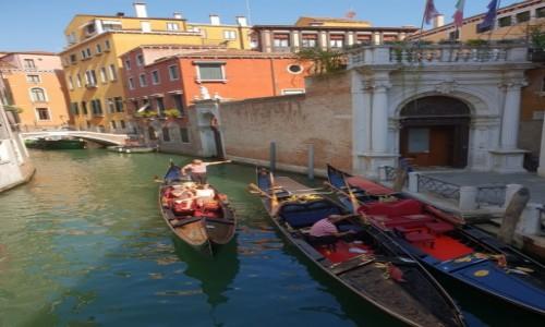 Zdjęcie WłOCHY / veneto / Venezia / Gondole
