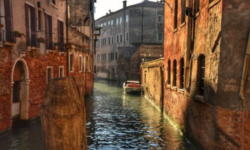 WłOCHY / - / Wenecja / W zaciszu Wenecji
