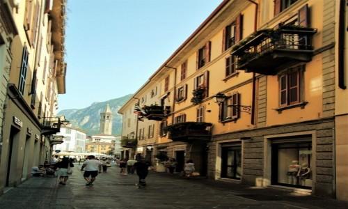 Zdjecie WłOCHY / Lombardia / Lecco / W drodze na San Martino