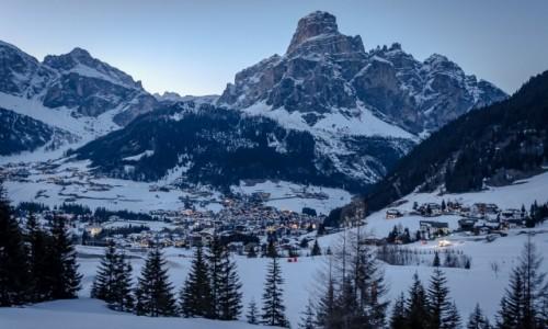 Zdjecie WłOCHY / Tyrol Północny / Val Gardena / w dolinie...