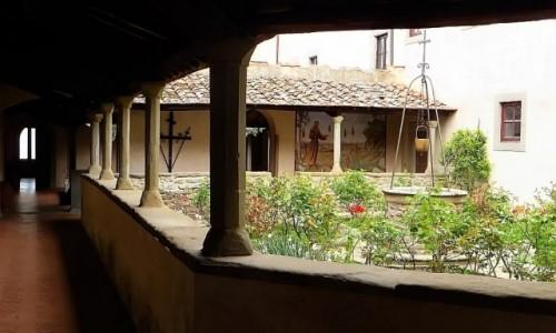 Zdjęcie WłOCHY / Toskania / Fiesole / klasztor św. Franciszka - wirydarz