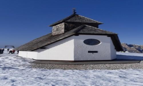 Zdjecie WłOCHY / Alpy / Dolomity / kapliczka