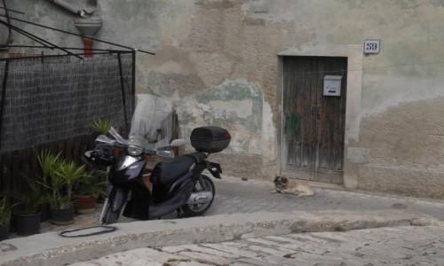 Zdjecie WłOCHY / Sycylia / Modica / włoskie uliczki