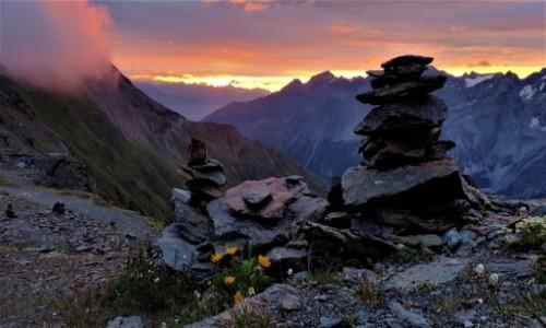 WłOCHY / alpy / Przełęcz Stelvio  ciut wyżej :) / Wschód słońca