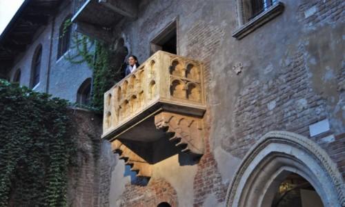Zdjęcie WłOCHY / Wenecja Euganejska / Werona / Werona, zakamarki, balkon Julii