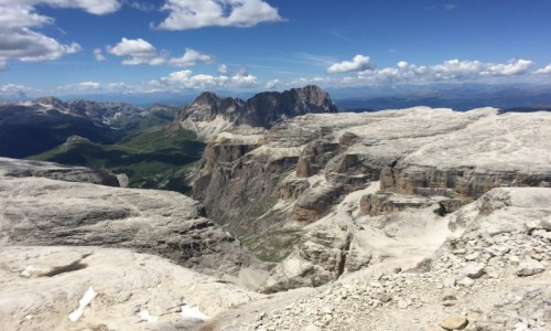 WłOCHY / Dolomity / Rejony Livinallongo del Col di Lana / Górskie rejony