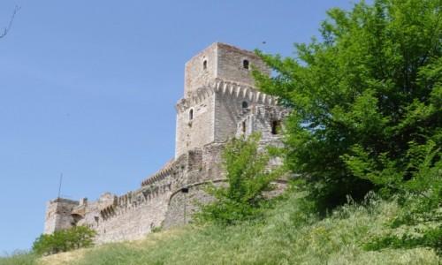 WłOCHY / Umbria / Asyż / Asyż, zamek