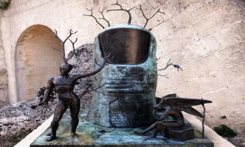 WłOCHY / Bazylikata / Kościół Sant Nikola dei Greci / Surrealizm w Materze