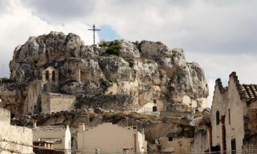 WłOCHY / Bazylikata / Sassi / Spacerkiem po Materze - kościół skalny