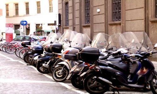 Zdjecie WłOCHY / Lazio / Rzym / Rowr czy motor ???