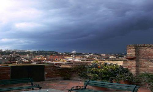 Zdjecie WłOCHY / Lazio / Roma / Przed burzą